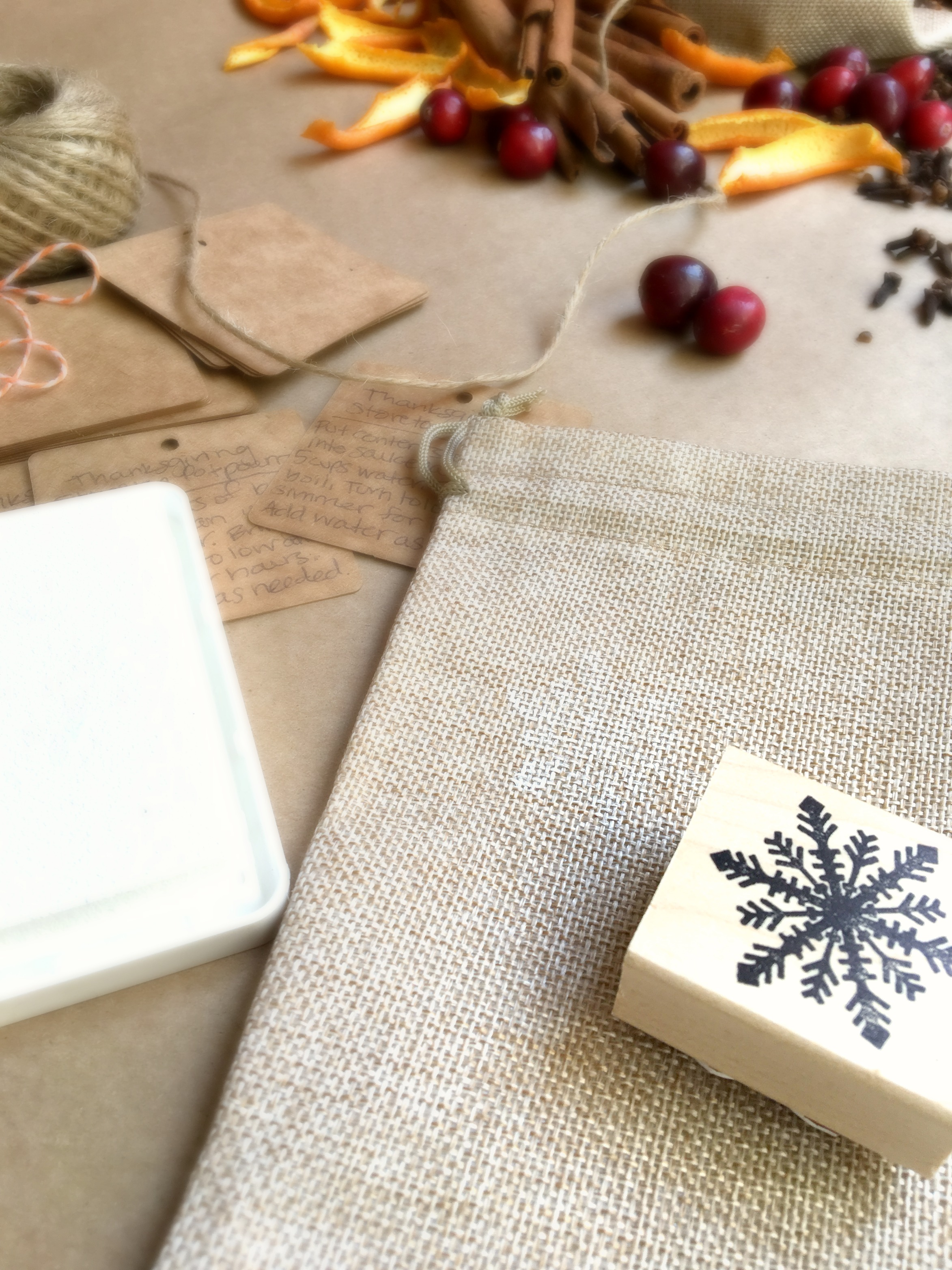 simple holiday stovetop potpourri