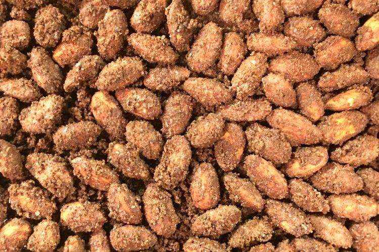Christmas: Spiced Chocolate Almonds